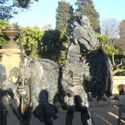 Dragón Estatua Humana