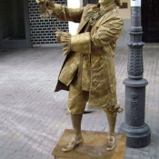 Human statue of Benjamin Franklin