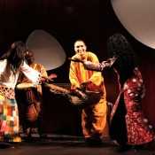 Músics i dansa africana