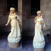 Estatua-humana-AA-Dama-de-blanco