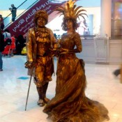 Estatua-humana-AA-Pareja-de-epoca