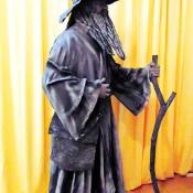 Human statue-F-Merlin