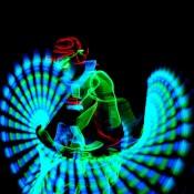 Bdance - Malabaristas con luces