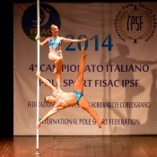 Poledance duo performance