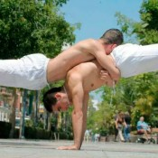 acrobats duo portes Bdance