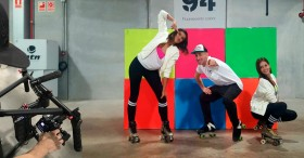 banner rollerdancers