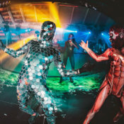 Dancers and entertainments for clubs