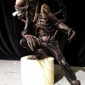 Estatua Alien