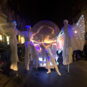 Leds Stilts Sphere Parade